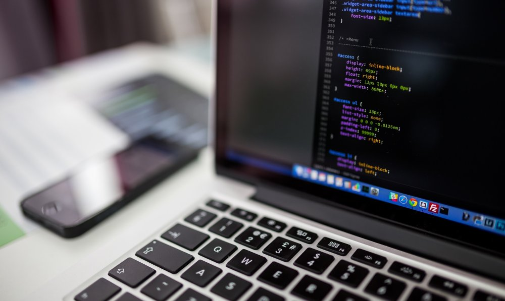 How To Choose Best Laptop For Programming In 2019