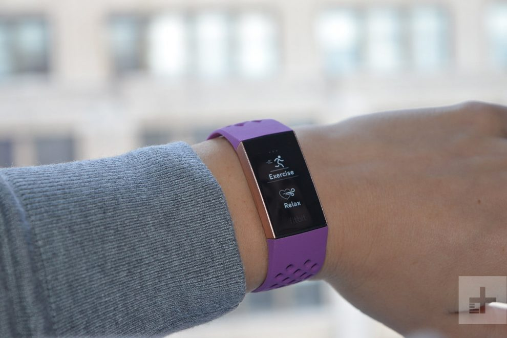 fitbit-charge-3-review-lavendar-face