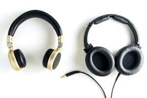 wireless-headphones-vs-wired