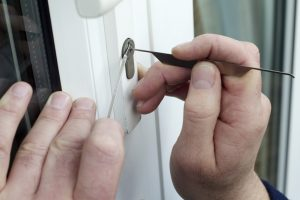 5 Situations When You Need to Change the Locks